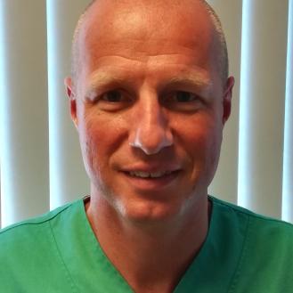Dr Bart Smet